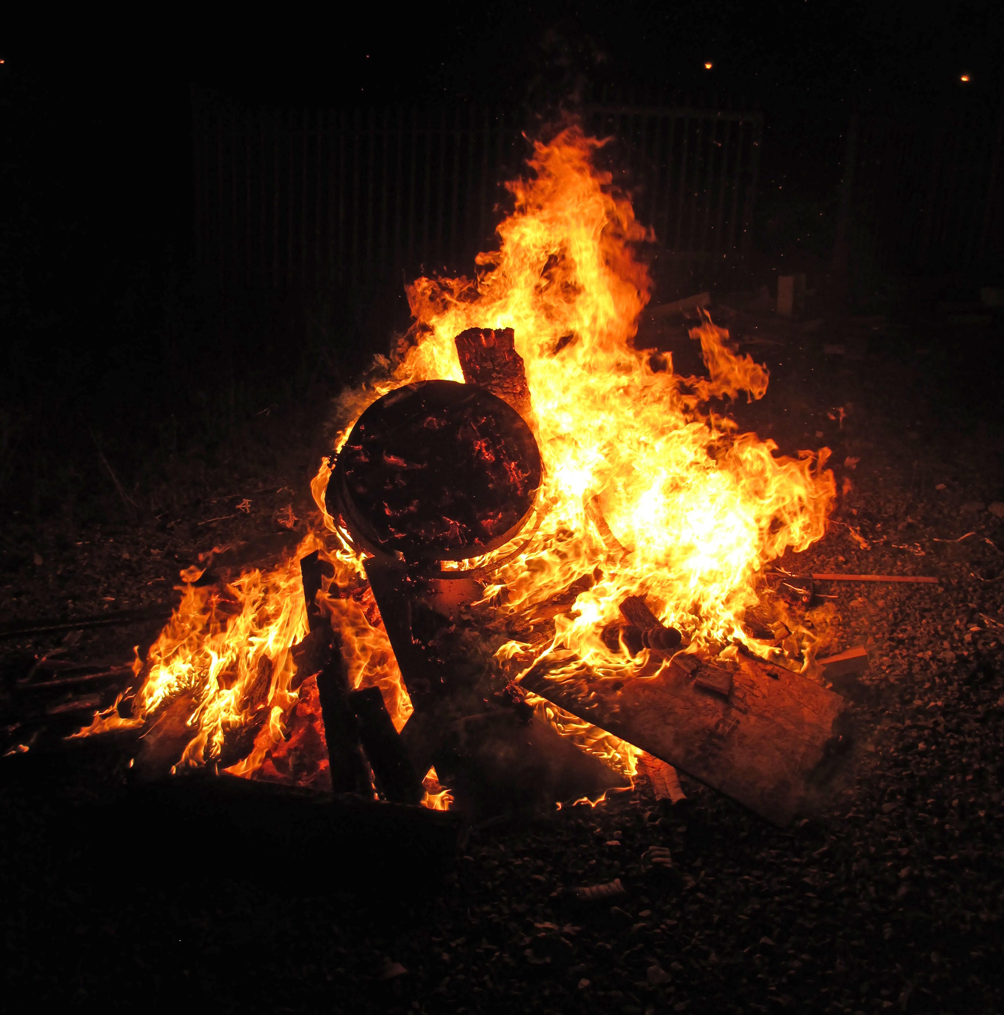 Bonfire 20151031 v2